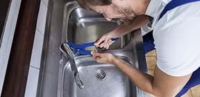 kokendwaterkraan installeren